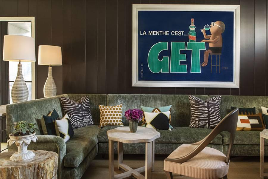 850 hotel lobby lounge